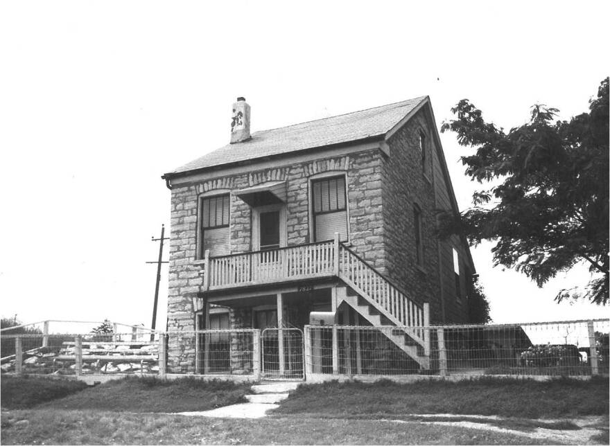 The Otzenberger house is located in Carondelet.