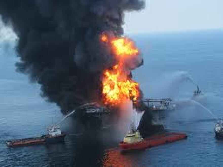 bp_spill_fire.jpg
