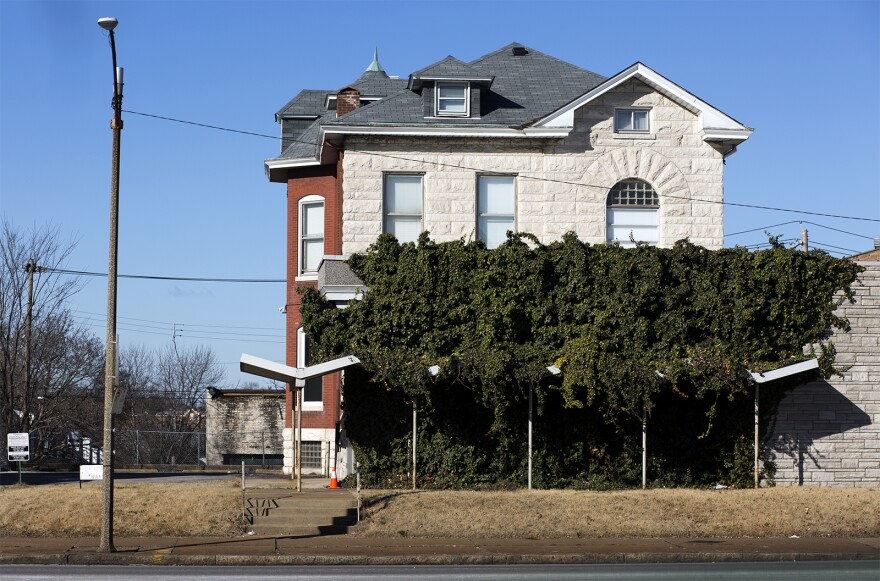 People court-ordered to report to EMASS must go to the company's office on S. Grand Boulevard and Chippewa Street.
