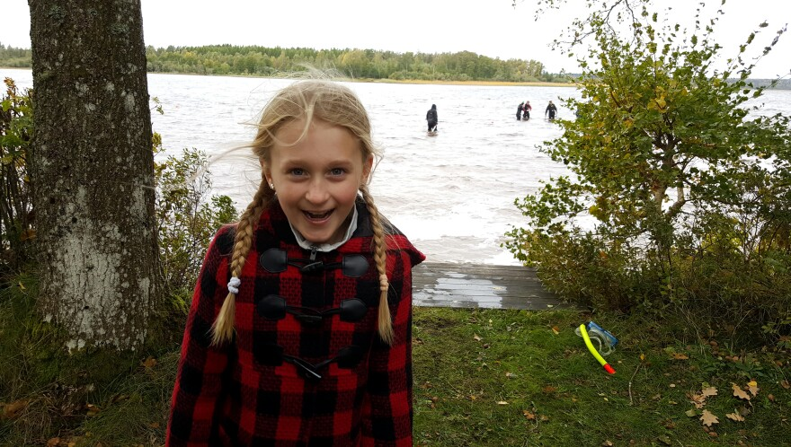 Saga Vanecek found the sword while wading in Sweden's Lake Vidostern.