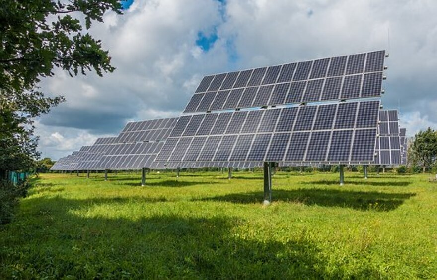 photovoltaic-system-2742302__340.jpg