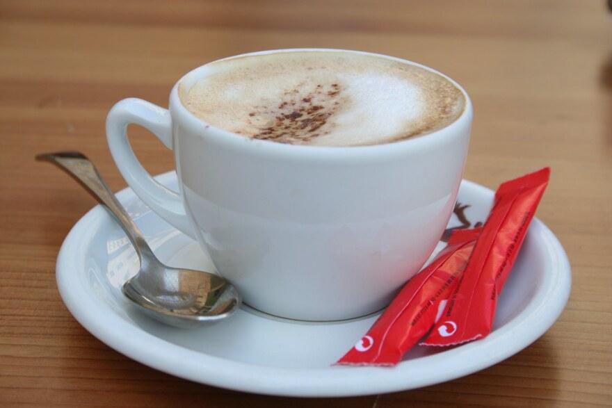 cafe_con_leche_-_credit_mario_sa__nchez_prada_-_flickr_creative_commons.jpg