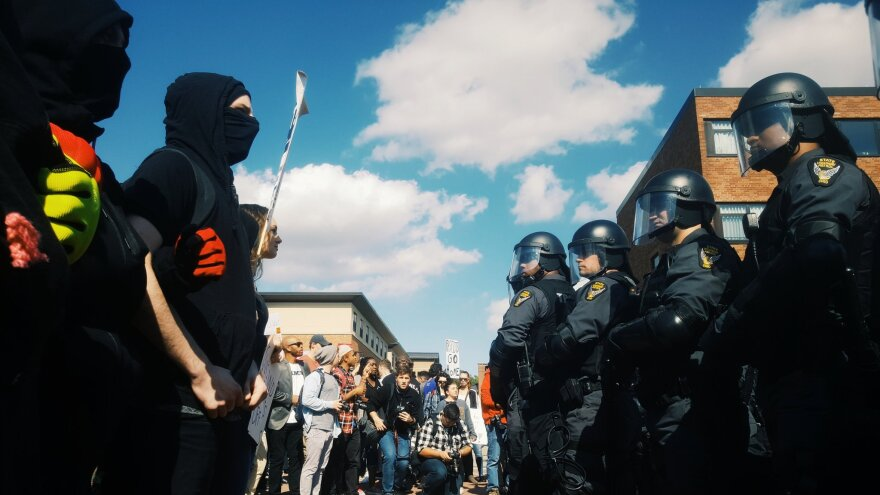 Photo of protestors during Kent State open-carry walk