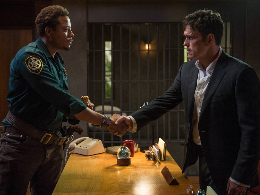 When Secret Service agent Ethan Burke (Matt Dillon) travels to Wayward Pines, Idaho, in search of two missing federal agents, Sheriff Arnold Pope (Terrence Howard) starts to feel territorial.