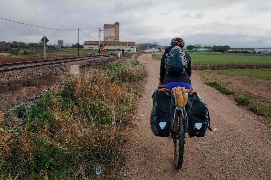 Lauren Geoghegan cycling through Africa.