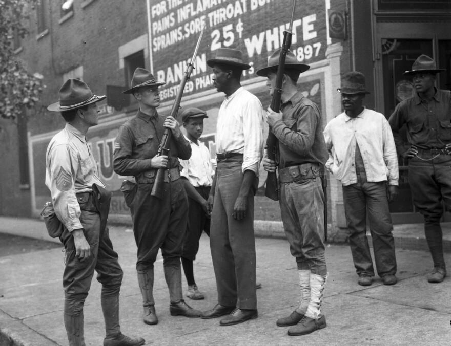 National_Guard_Chicago_1919.jpg