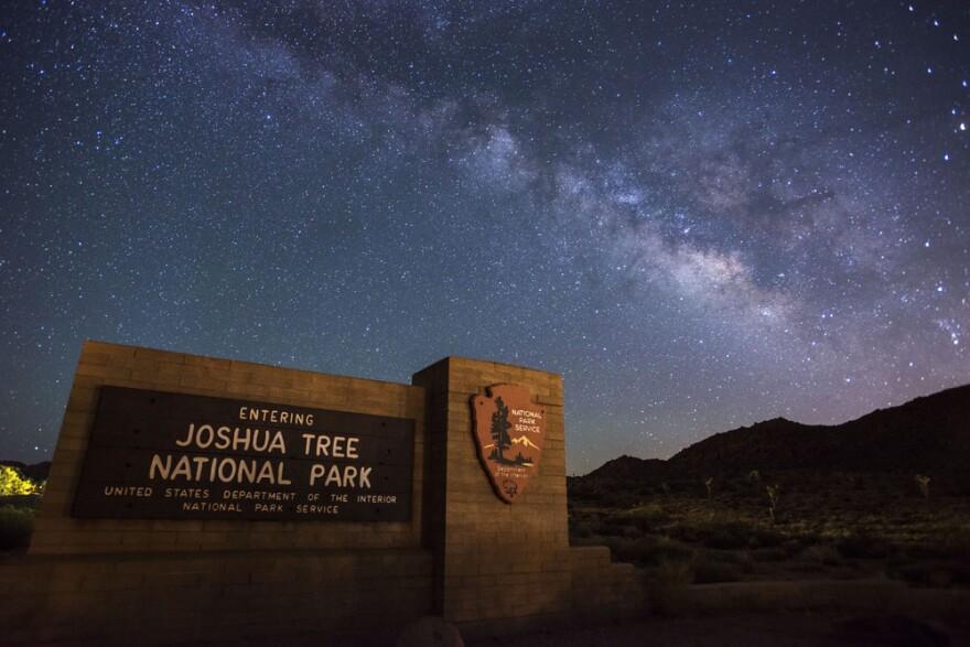 Photo of Joshua Tree entrance sign.