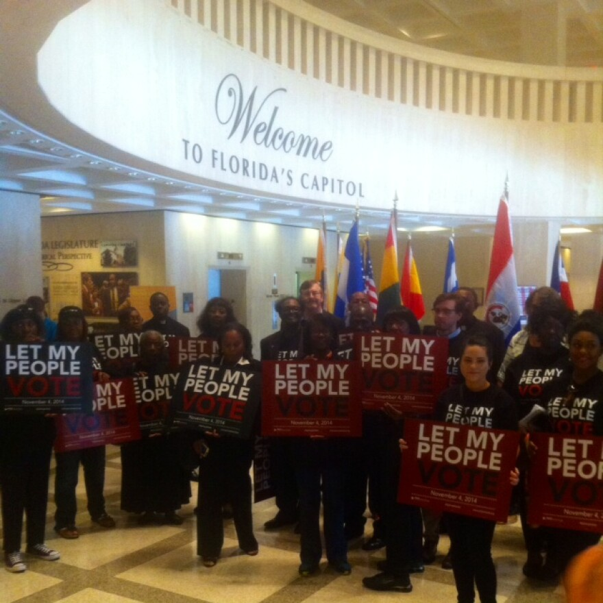Live Free campaign supporters gathering in the Capitol rotunda before heading to the Cabinet meeting room.