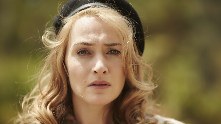 Kate Winslet plays Tilly Dunnage in <em>The Dressmaker.</em>
