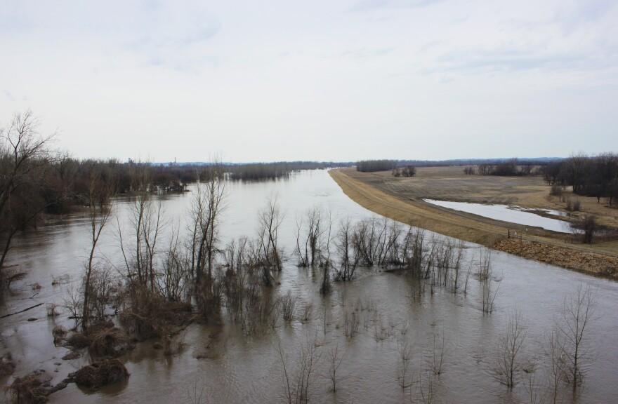 031919_AT_MissouriRiverFlood.jpg