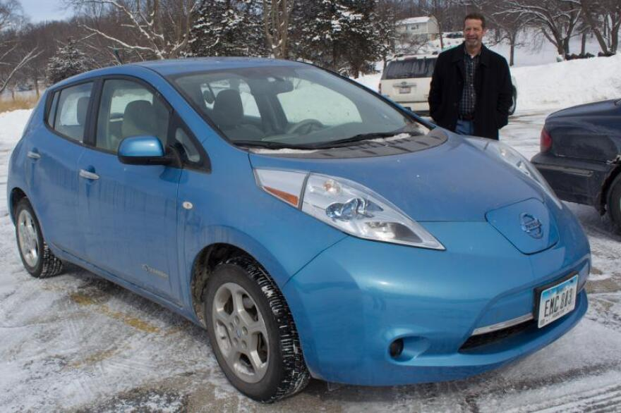 Rand Faaborg drives his Nissan Leaf 40 miles a day and charges it overnight.