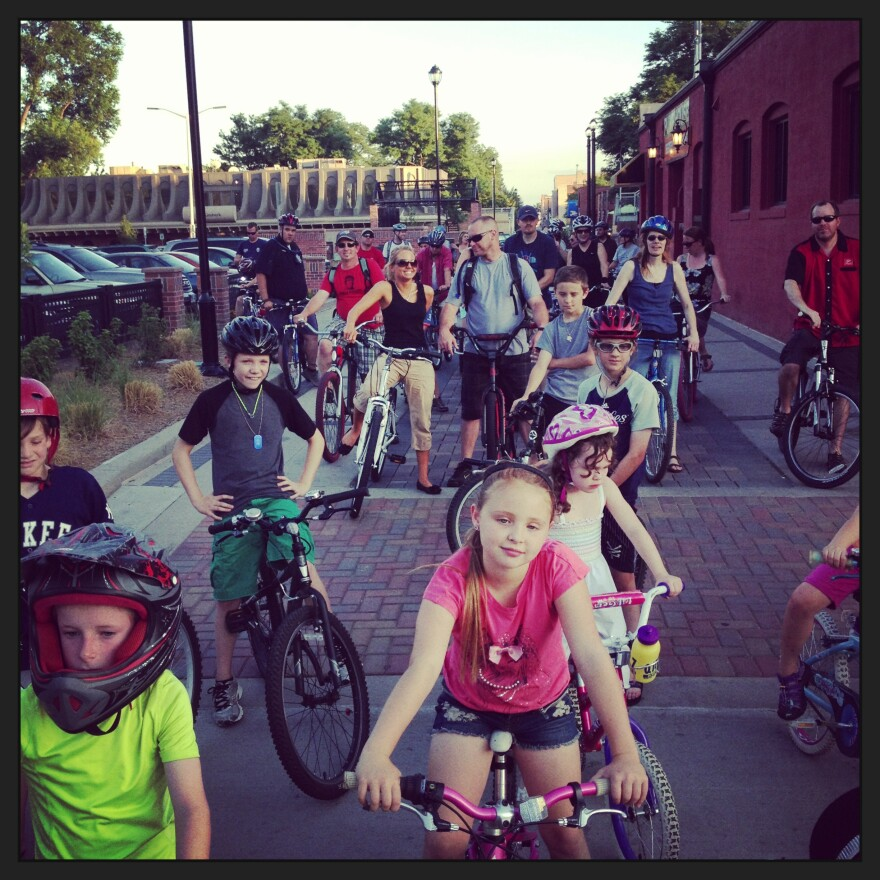 Longmont_Bike_Night_DowntownAlleys.JPG