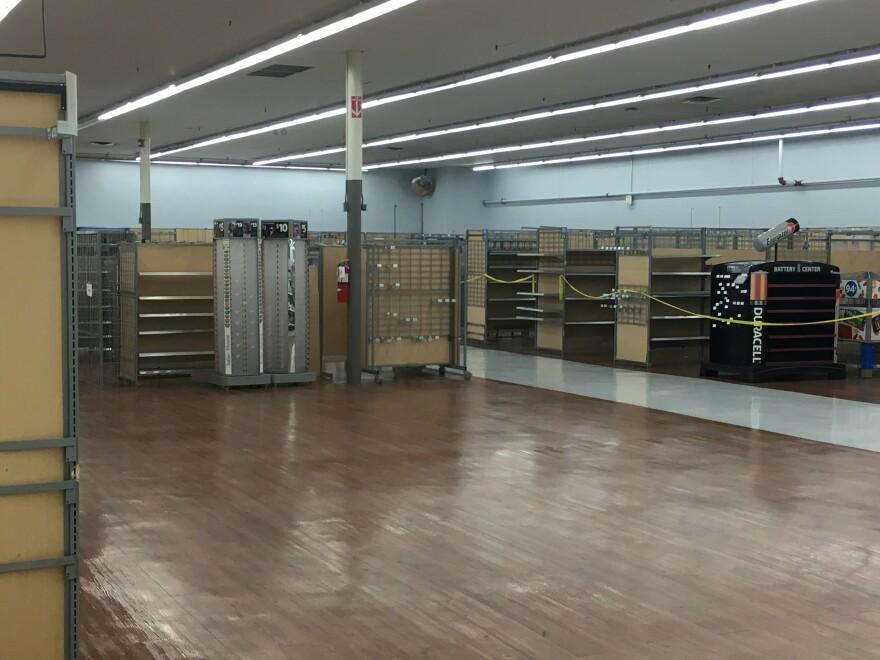 empty_store.jpg