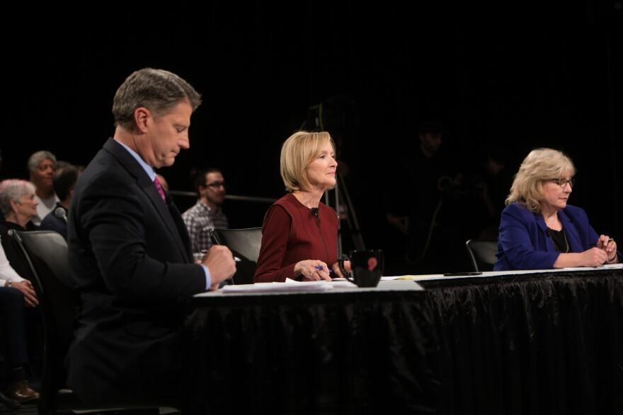 Mike Bush, Judy Woodruff, and Jo Mannies