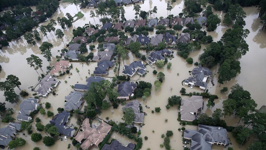 HurricaneHarveyLakeHouston.jpg