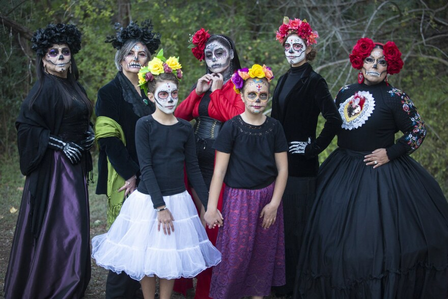 Members of the Mexicanas en Austin dress as Catrinas to celebrate Dia de los Muertos, in the Walnut Creek Metropolitain Park on Thursday.