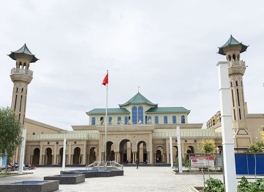 Chinese-style tile has replaced the domes and domed minarets of the Hongsibao Mosque in China's Ningxia region. Ningxia is home to a large concentration of Hui Muslims, who have long prided themselves on assimilation but are under increasing scrutiny by Chinese authorities.