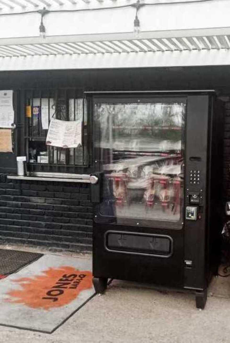 041520_barbecue vending machine_Jones Bar-B-Q