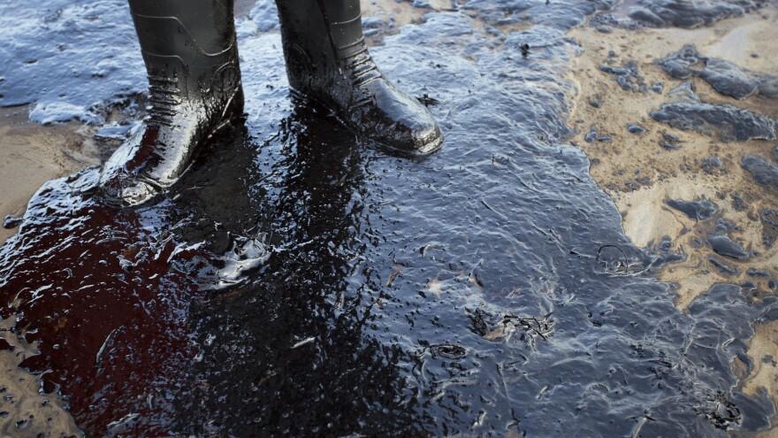 Oil fouls the shore north of Goleta, Calif., following a pipeline rupture near Refugio State Beach.