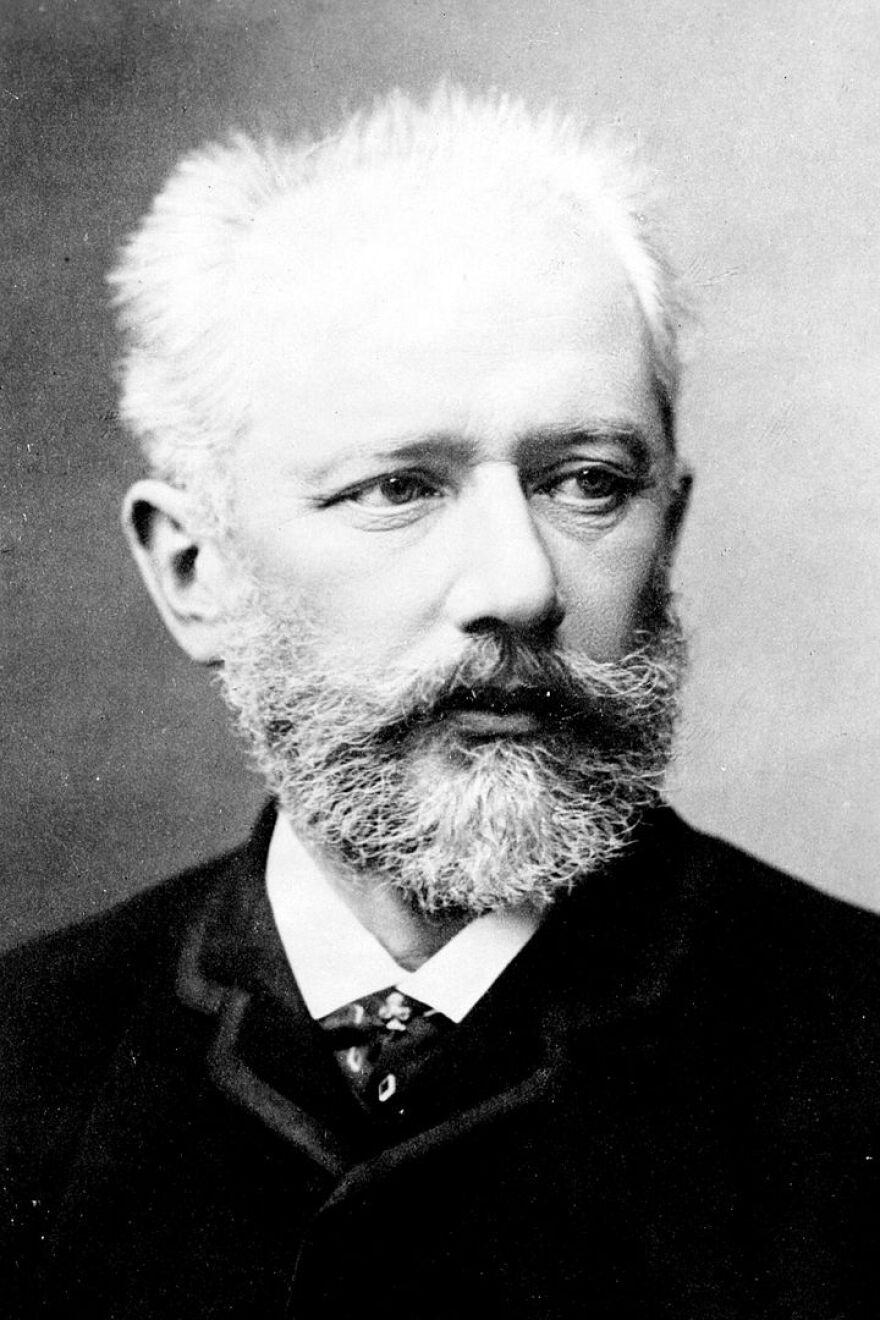 720px-Tchaikovsky2.jpg