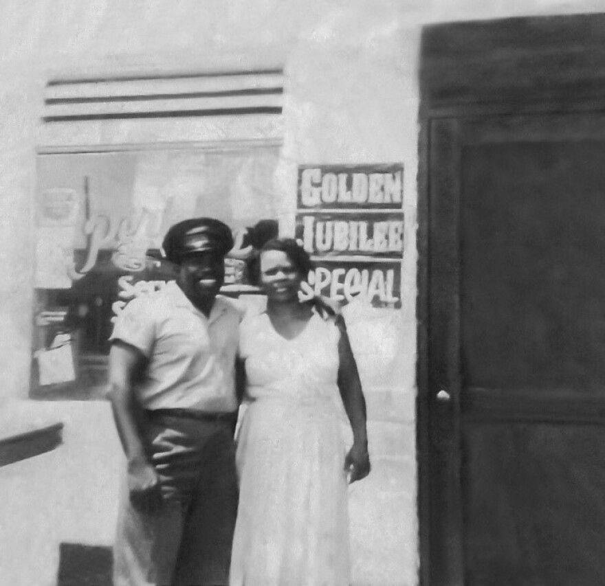 Robert and Trudie Perkins (left to right)