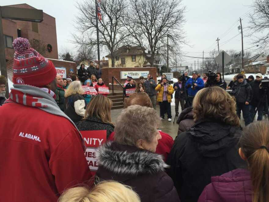 Affinity Medical Center closing protested