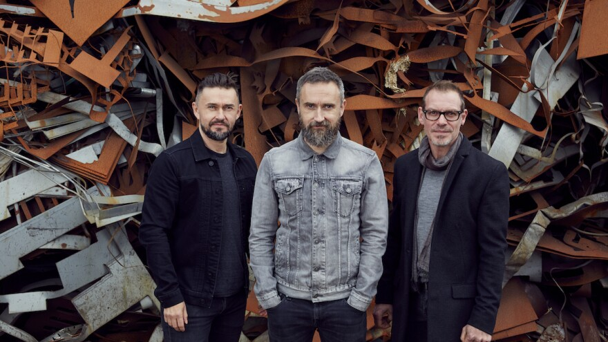 A year after lead singer Dolores O'Riordan died, the remaining members of The Cranberries, Mike Hogan, Noel Hogan and Fergal Lawler, honor her with the band's last album, <em>In The End</em>.