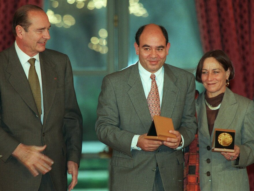 In 1996, French President Jacques Chirac (left) presented Lea Tsemel and Raji Sourani (center), a Palestinian human rights lawyer, with the French Republic Human Rights award.