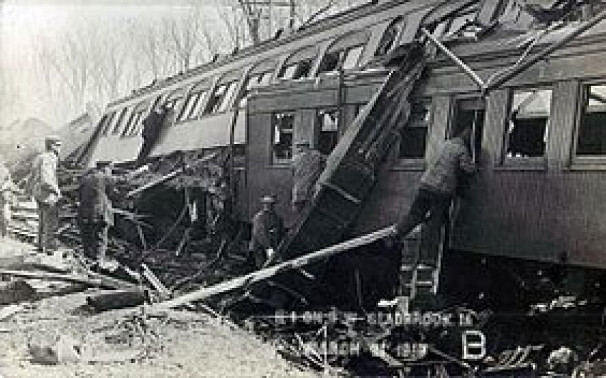282px-GreenMountainTrainWreck[1].jpg