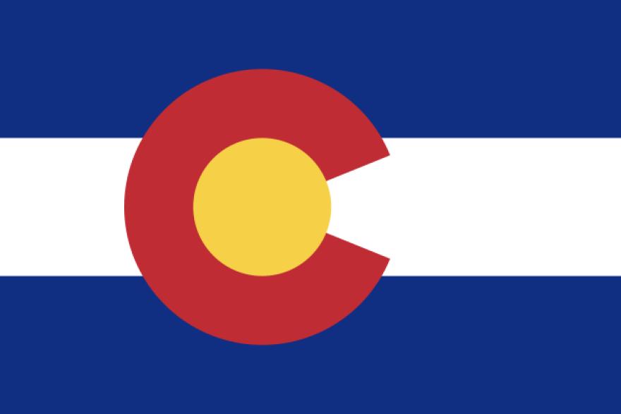 640px-Flag_of_Colorado.jpg