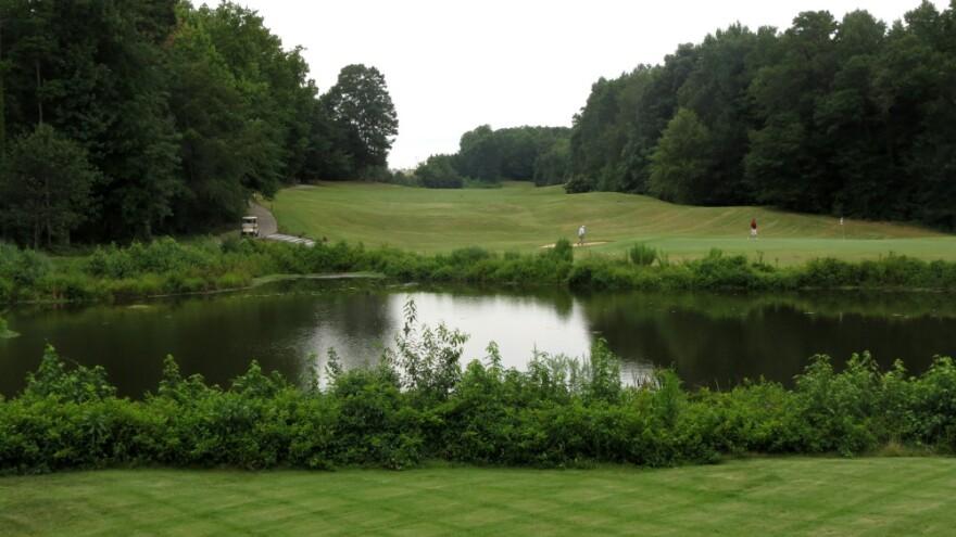 Sisters_Golf2.jpg