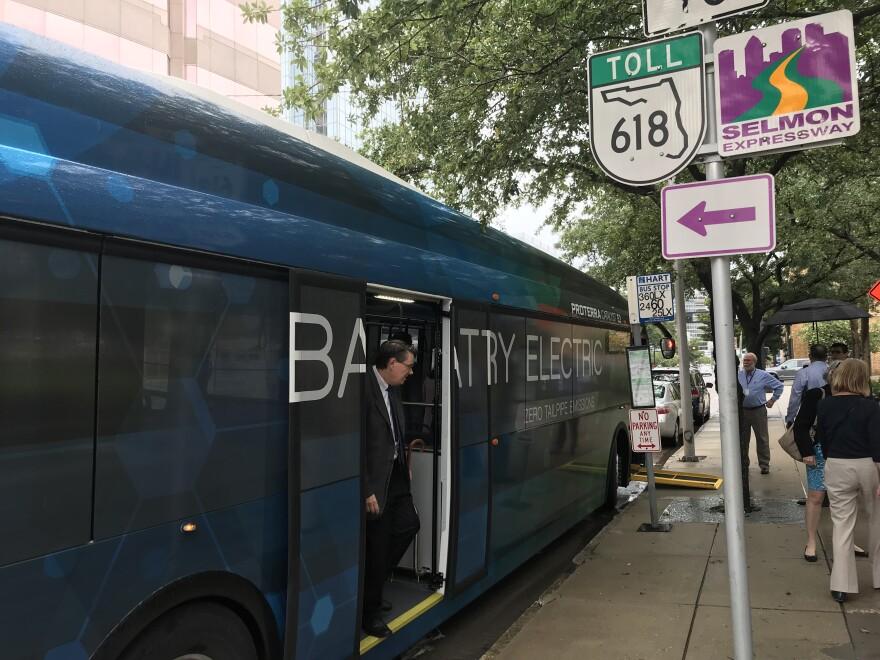 electric_bus.jpg