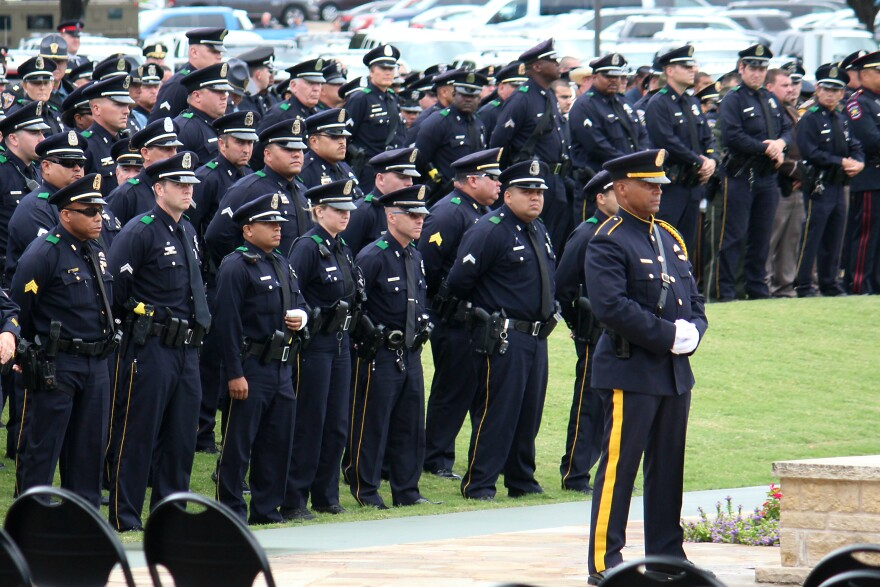 dpd_officers_at_sgt_smith__funeral_cropped.jpg