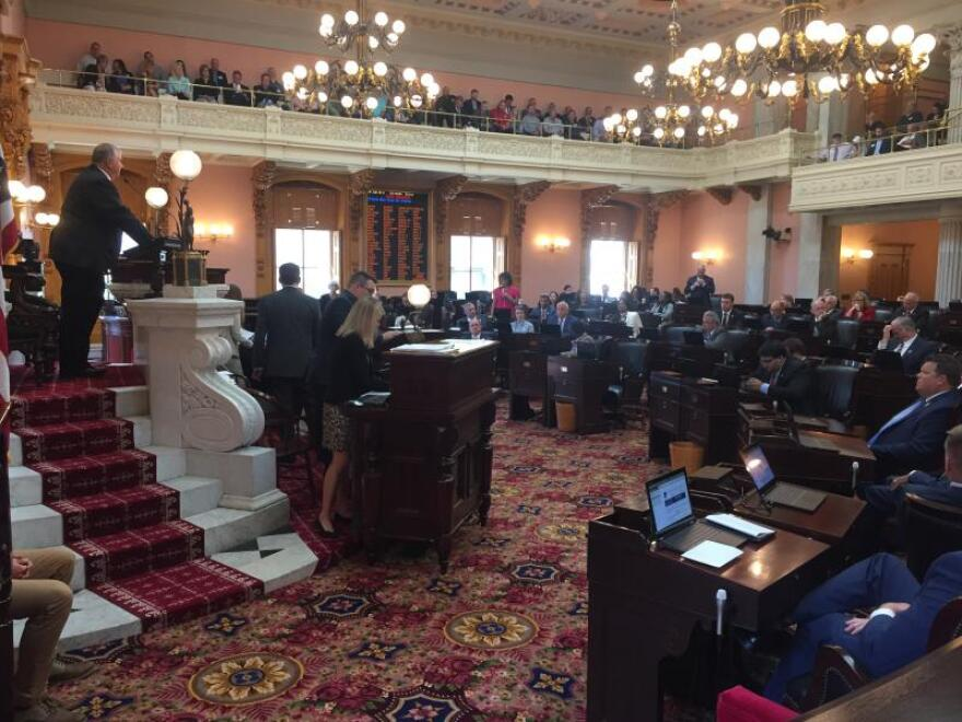 a photo of the Ohio House of Representatives