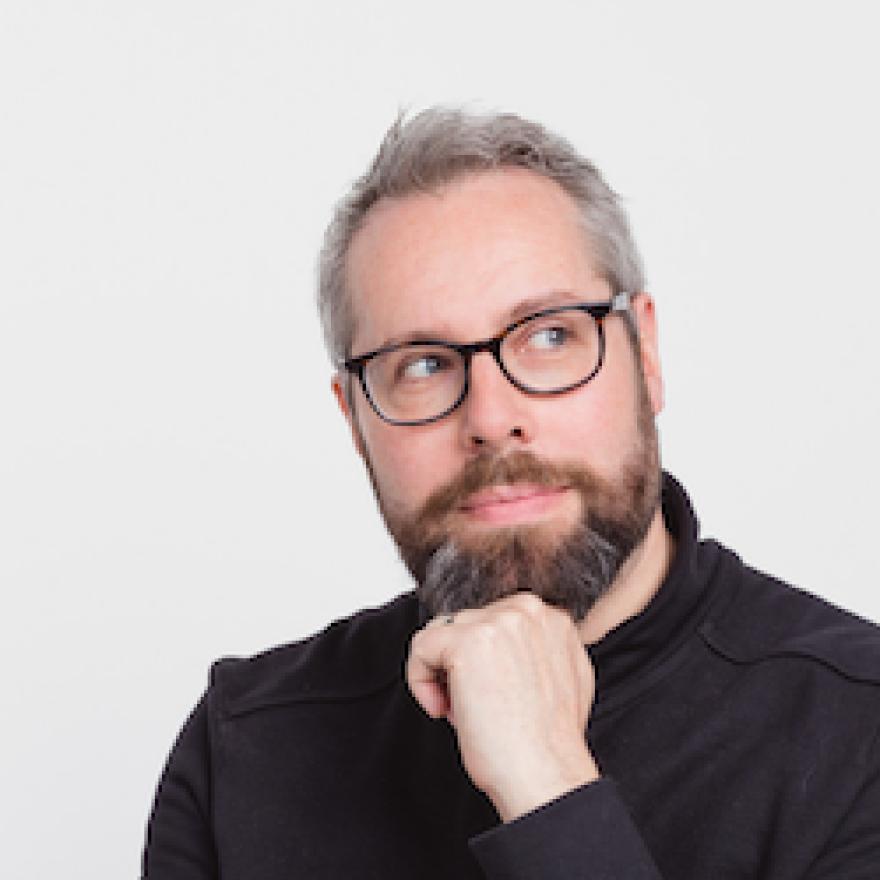Simon Rogers is an award-winning data journalist, writer and speaker.