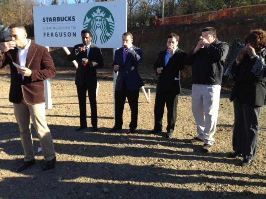 Starbucks2_0.jpg