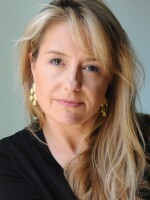 Laura Sullivan - 2015