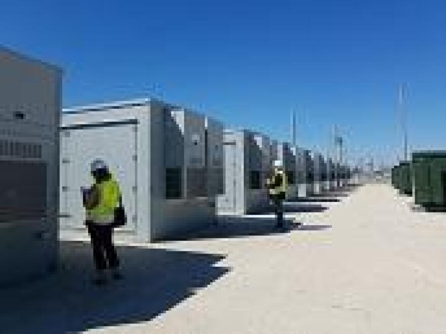 FPL's 10 new large battery storage units.