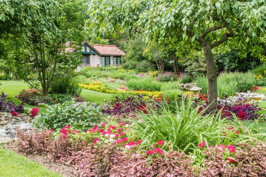 Smith Gardens in Oakwood