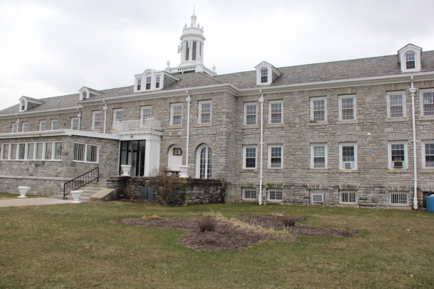 The Ohio Reformatory for Women is located in Marysville, Ohio, and offers an inpatient treatment program called Tapestry.