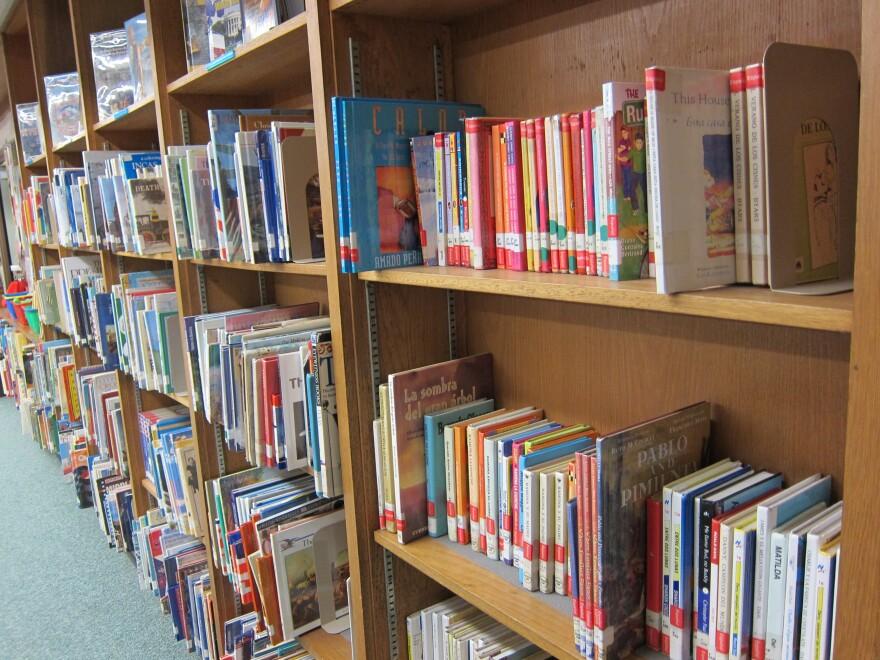 Library at Allan Elementary by Nathan Bernier (6).JPG
