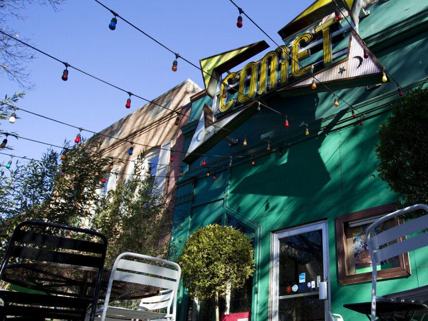 "Edgar Welch faces a federal charge of transporting a firearm across state lines to commit a crime. Police say Welch fired a rifle inside the Comet Ping Pong restaurant after reading a malicious conspiracy known as ""Pizzagate."""