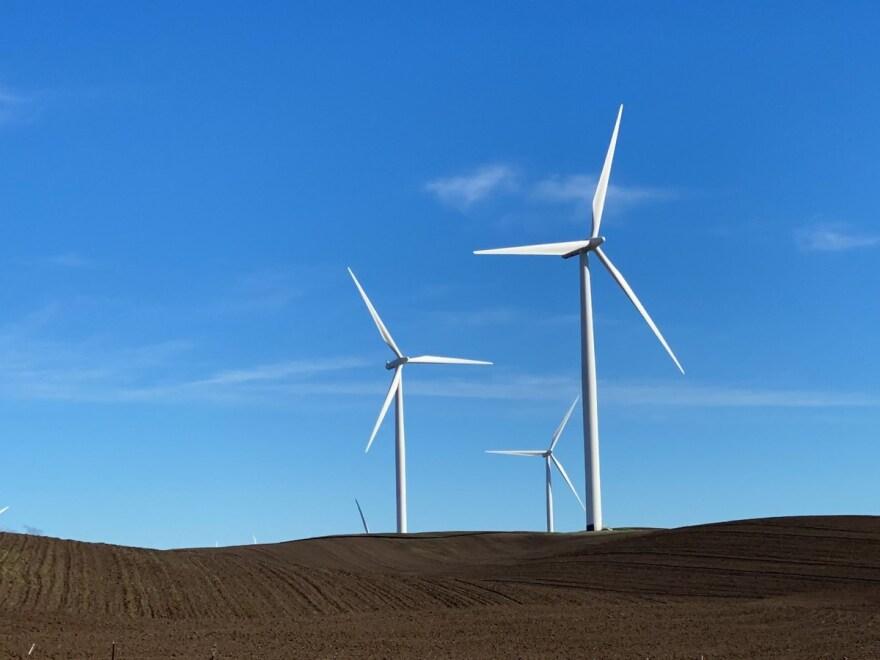 wind generators 1 - EDR CapRadio.jfif