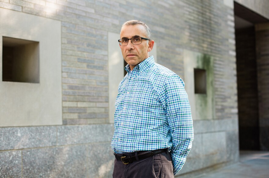 """""""AOA perpetuates systems that are deeply flawed,"""" says <a href=""""https://www.mountsinai.org/profiles/david-muller"""" data-key=""""577"""">Dr. David Muller</a>, the dean for medical education at Icahn."""
