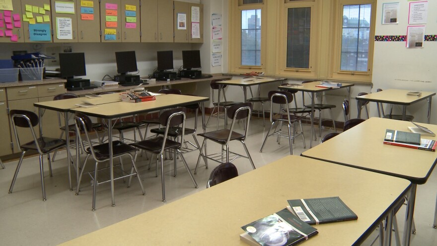 A photo of an empty classroom.