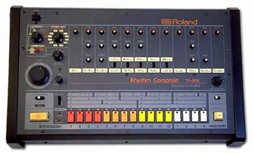 Roland_TR-808_drum_machine.jpg