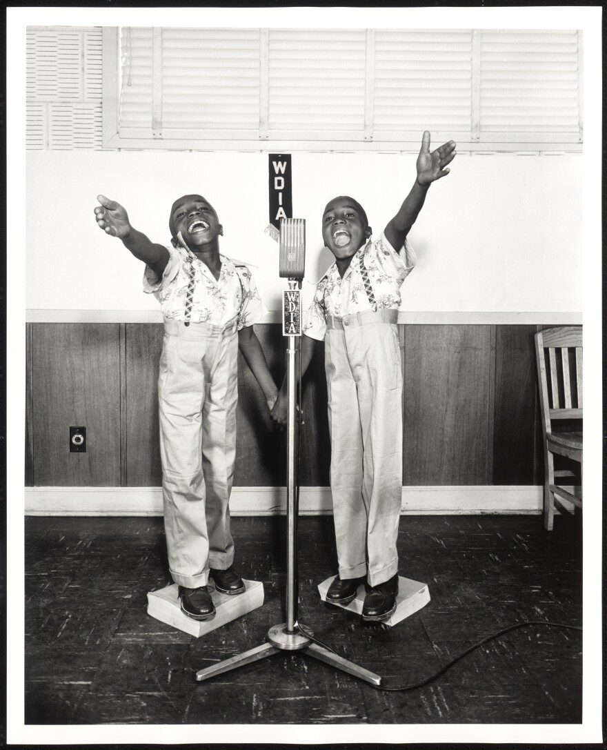Twins at WDIA, Memphis, Tenn. in 1948.
