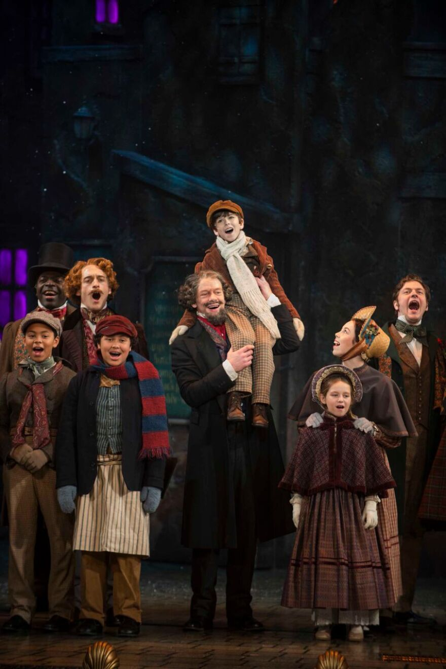 Pabst Theater Christmas Story Same As 2021? A Christmas Carol Returns With A New Script For A Familiar Story Wuwm 89 7 Fm Milwaukee S Npr