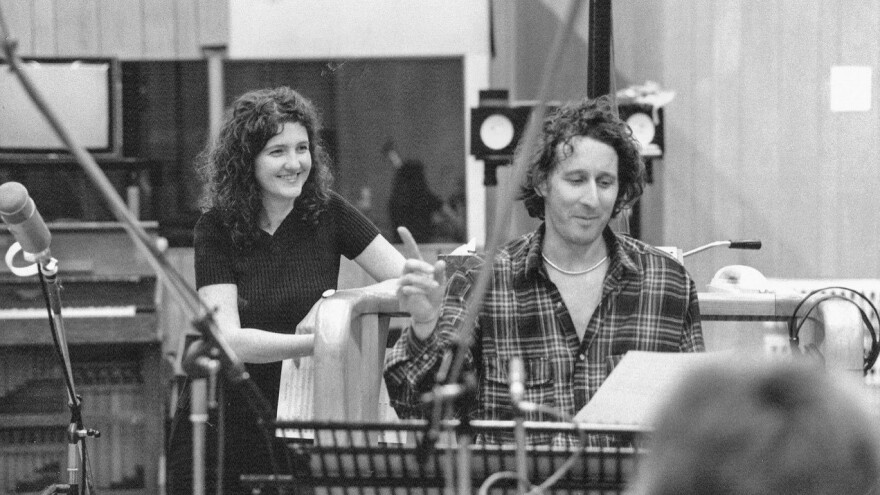 Jocelyn Pook (left) and conductor Harvey Brough (right) during the recording sessions for <em>Eyes Wide Shut</em>.