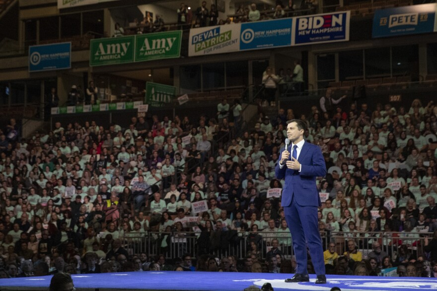 Democratic presidential candidate and former South Bend, Ind., Mayor Pete Buttigieg speaks during a Democratic fundraising dinner on Saturday. Buttigieg is coming under attack from rival candidates for his relative lack of experience.
